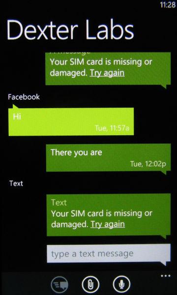 Messaging hub - SMS in MMS sporočila v obliki pogovora, ki se ga lahko nadaljuje v Messengerju ali FB-ju, če je oseba tam dosegljiva