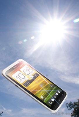 إختبار وضوح الشاشات تحت أشعة الشمس من مختبر GSM Arena
